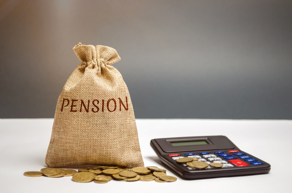 Why workplace pension contributions fell last year